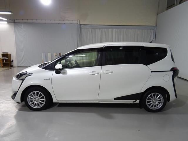 「トヨタ」「シエンタ」「ミニバン・ワンボックス」「鳥取県」の中古車3