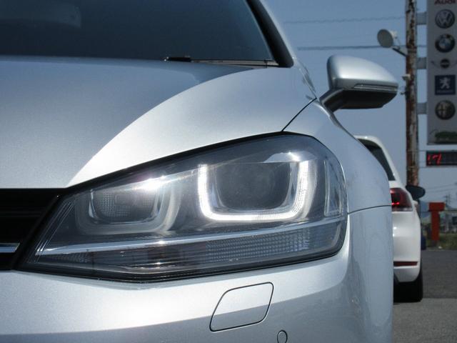 フォルクスワーゲン VW ゴルフヴァリアント ハイライン エンブレムバックカメラ ACC レーンキープ