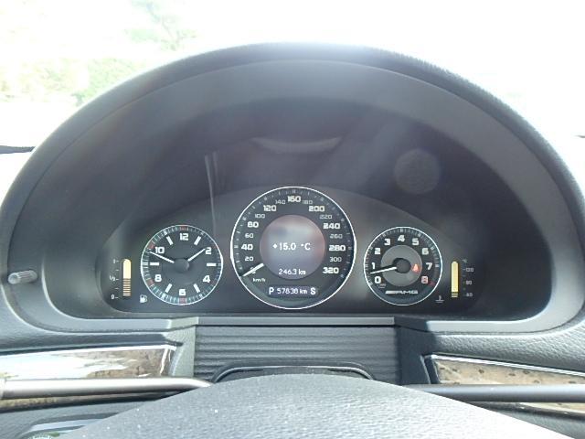 E63 AMG ディーラー車 左ハンドル 黒革シート(27枚目)