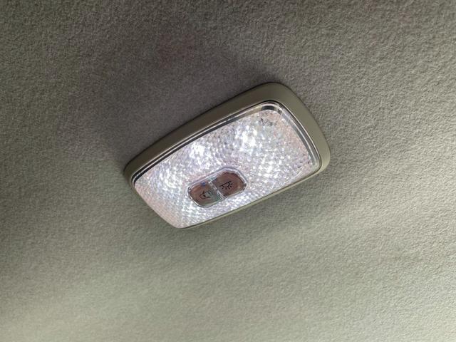 ココアプラスX LEDライト Bカメラ 純正シートカバー(21枚目)