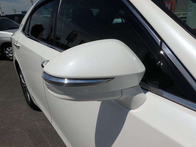 トヨタ クラウンハイブリッド ロイヤルサルーン ブラックスタイル ハイブリッド車