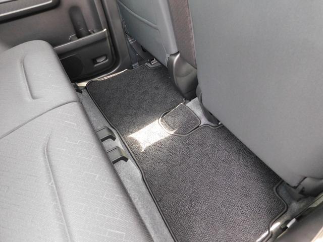 ハイブリッドFZ リミテッド 25周年記念車 ヘッドアップディスプレイ メッキバックドアガーニッシュ シルバードアハンドル 専用エンブレム 15インチAW(13枚目)
