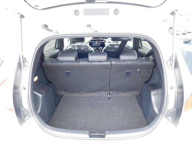 G GRスポーツ・17インチパッケージ トヨタセーフティセンス アルパインSDナビ フルセグTV 専用Fバンパー/ラジエーターグリル/サイドマッドガード/Rバンパー LEDヘッドライト(ダークスモークエクステンション)専用Rルーフスポイラー(10枚目)