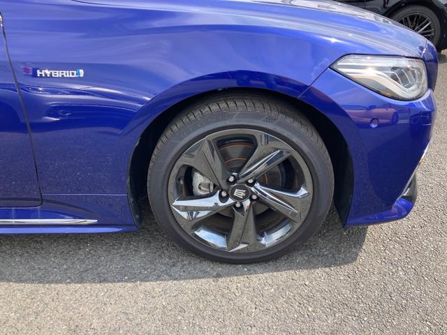 RSアドバンス ジャパンカラーセレクション パノラミックビューモニター アクセサリーコンセント 内装色ブルー BSM/RCTA 禁煙車・ペット臭なし セーフティセンス 3眼LEDヘッドランプ RS仕様18インチAW(11枚目)