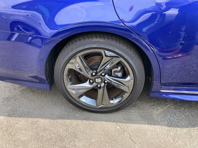 RSアドバンス ジャパンカラーセレクション パノラミックビューモニター アクセサリーコンセント 内装色ブルー BSM/RCTA 禁煙車・ペット臭なし セーフティセンス 3眼LEDヘッドランプ RS仕様18インチAW(12枚目)