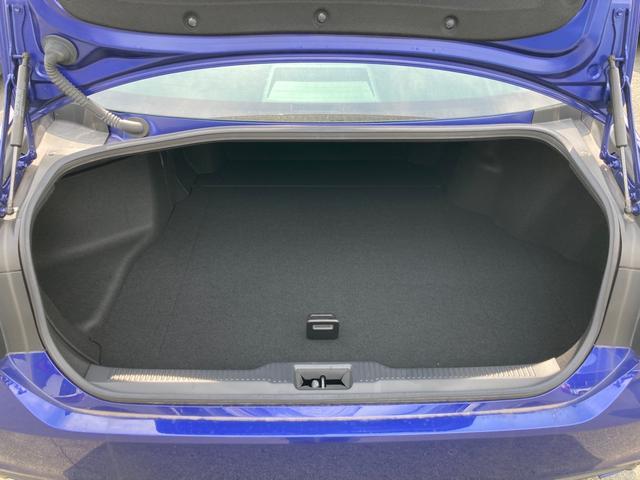 RSアドバンス ジャパンカラーセレクション パノラミックビューモニター アクセサリーコンセント 内装色ブルー BSM/RCTA 禁煙車・ペット臭なし セーフティセンス 3眼LEDヘッドランプ RS仕様18インチAW(18枚目)