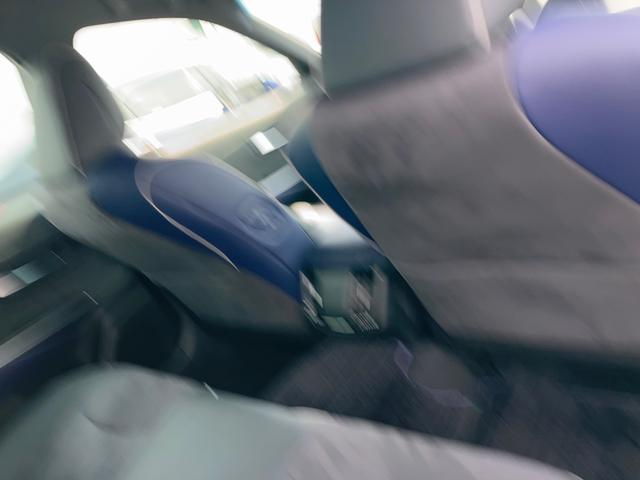 RSアドバンス ジャパンカラーセレクション パノラミックビューモニター アクセサリーコンセント 内装色ブルー BSM/RCTA 禁煙車・ペット臭なし セーフティセンス 3眼LEDヘッドランプ RS仕様18インチAW(22枚目)
