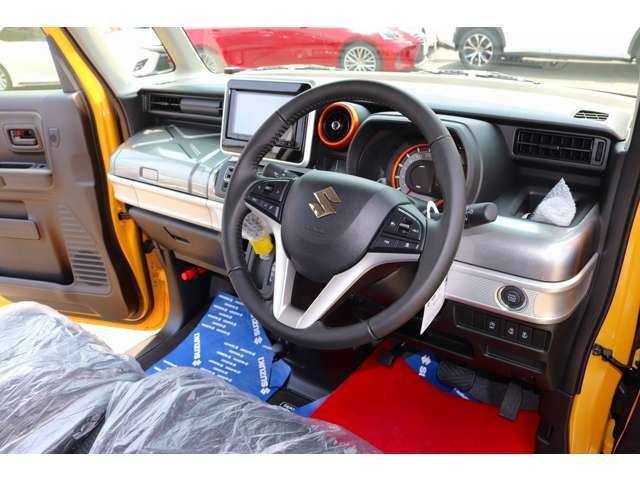 ハイブリッドXZ 届け出済未使用車 フルセグナビ ドラレコ ETC 2トーンカラー フロアマット純正 サイドワイドバイザー(10枚目)