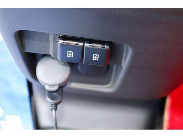 ハイブリッドXZ 届け出済未使用車 フルセグナビ ドラレコ ETC 2トーンカラー フロアマット純正 サイドワイドバイザー(20枚目)