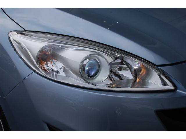 お買得車プレマシー入荷しました・純正ナビ&TV&ETC付き・きれいなクリアウォーターブルーメタリックです・詳細はHPをご覧下さい!