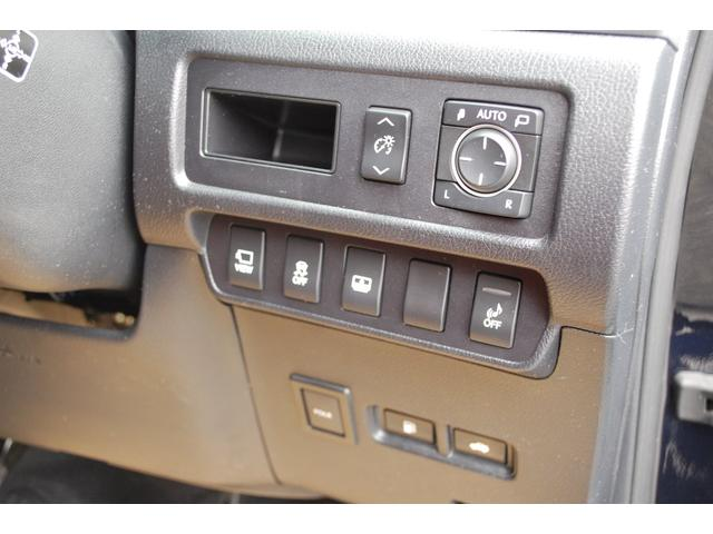 人気車レクサスHSまたまた入荷しました・装備充実の上級グレードHS250hバージョンIです・詳細はHPをご覧下さい!