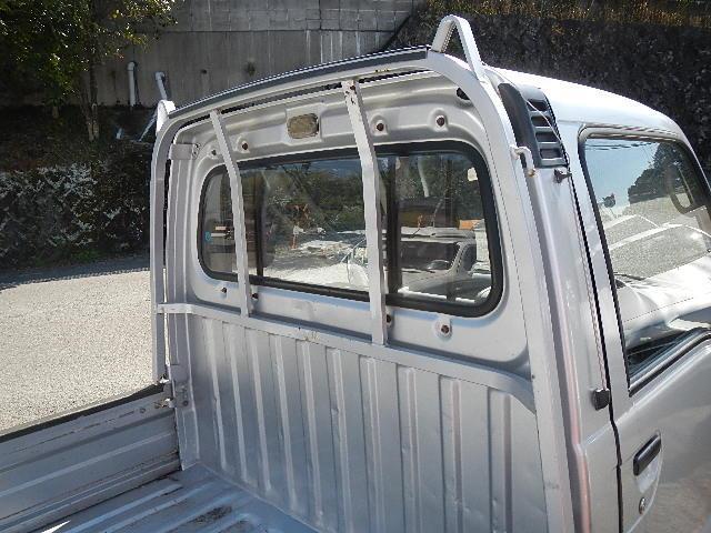 スバル サンバートラック 2WD 5MT ラジオ