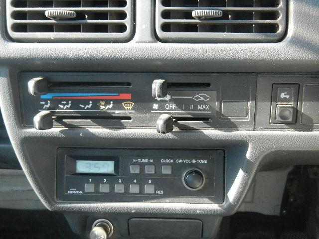 ホンダ アクティトラック 5MT 荷台作業灯 ラジオ