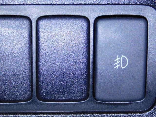 W HDDナビ リアカメラ HID ETC アルミ キーレスエントリー エアバック ETC付き リヤカメラ ナビ付 CDプレイヤー キセノンライト フルオートエアコン PW ABS 盗難防止装置 ベンチ席(16枚目)