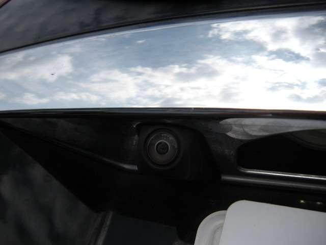 ホンダ シャトル ハイブリッドZ デモカー メモリナビ フルセグ