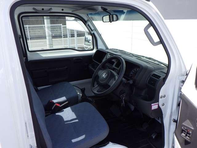 タウン パワーウィンドウ ABS エアバッグ フルタイム4WD CDデッキ パワステ エアコン キーレス 定期点検記録簿(18枚目)