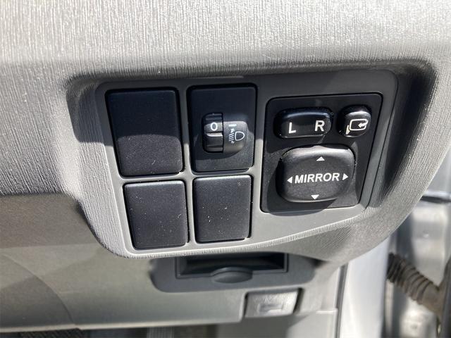 L 前後ドライブレコーダー ETC ナビ TV アルミホイール オートライト CD スマートキー アイドリングストップ 電動格納ミラー CVT 盗難防止システム(10枚目)
