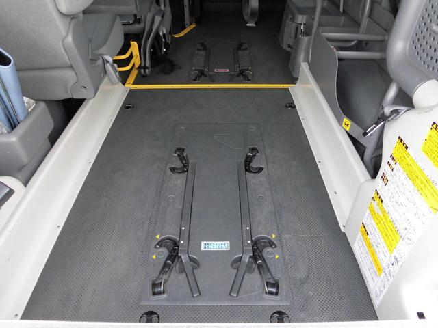 ウェルキャブBタイプロング 10人乗 車いす2台 ディーゼル(42枚目)