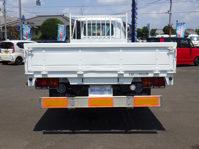 三菱ふそう ファイター 8200ディーゼル 平ボディ 4トン積み 建機リースUP車