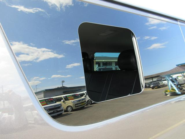 ロングスーパーGL 4型 3.0ディーゼルターボ 小窓付スライドドア 外品LEDヘッドライト球 メモリーナビ フルセグTV&ブルートゥース バックカメラ(43枚目)