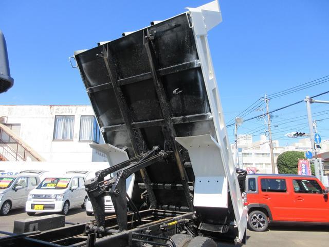 ダンプ 3.65トン積み 7200ccディーゼル NOx適合車 6速マニュアル車 コボレーン 建機リース会社レンタUP車(11枚目)