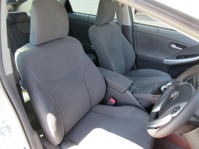 お車の状態について、お客様に分かりやすい説明を心掛けています。