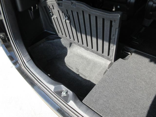 「トヨタ」「エスクァイア」「ミニバン・ワンボックス」「佐賀県」の中古車33