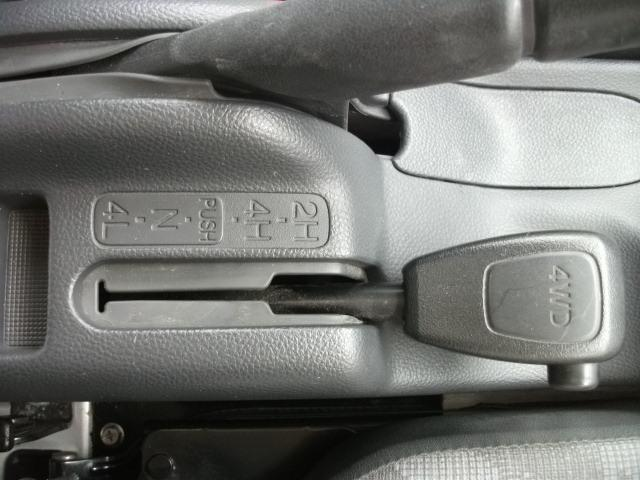 スズキ キャリイトラック KCエアコン・パワステ 4WD 5速ミッション