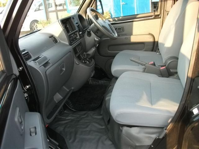 ダイハツ ハイゼットカーゴ デッキバンG 4WD 5速ミッション ワンオーナー車