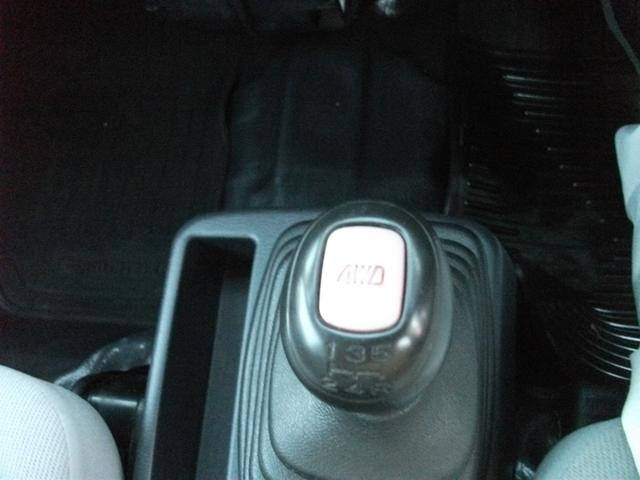 スバル サンバーバン 4WD 5速ミッション