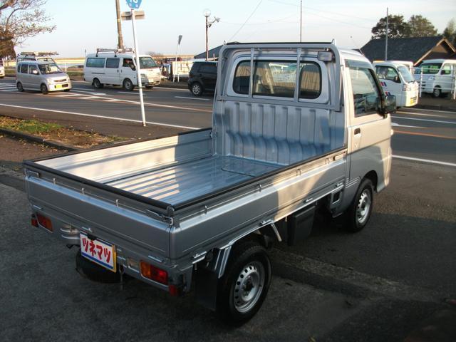 4WD 5速ミッション エアコン パワステ 三方開(4枚目)