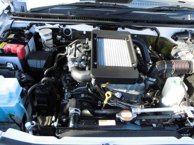 XG 4WD ターボ車 純正16インチアルミ 背面タイヤ キーレス CDデッキ(6枚目)