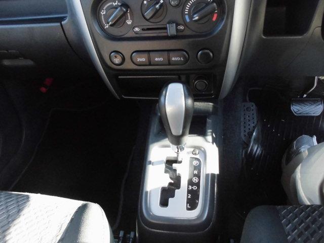 XG 4WD ターボ車 純正16インチアルミ 背面タイヤ キーレス CDデッキ(8枚目)