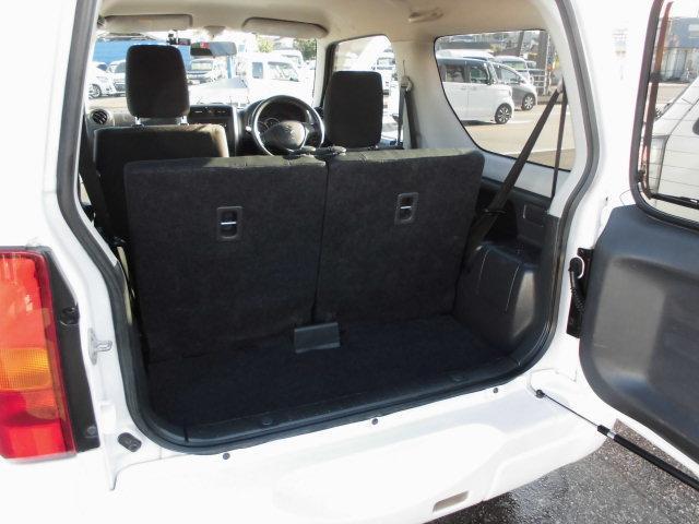 XG 4WD ターボ車 純正16インチアルミ 背面タイヤ キーレス CDデッキ(10枚目)