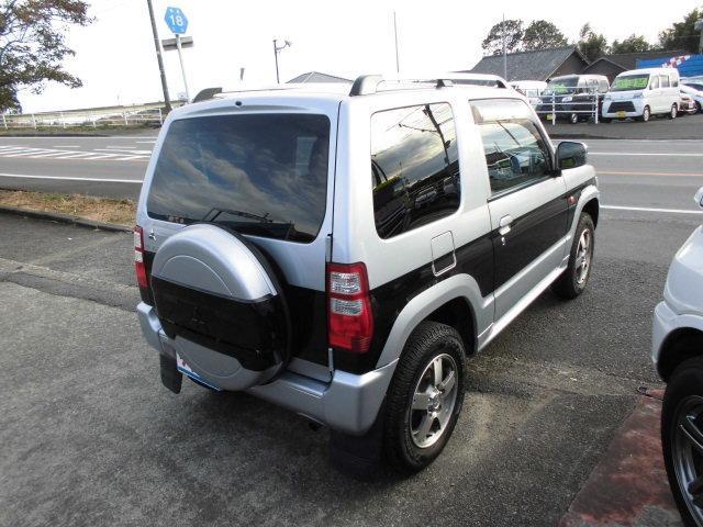 エクシード 4WDターボ 背面タイヤ ハードカバー キーレス CDデッキ オートマ車(4枚目)