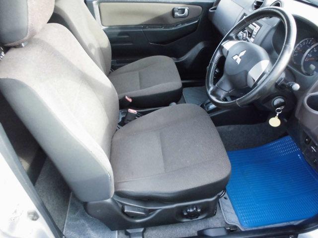エクシード 4WDターボ 背面タイヤ ハードカバー キーレス CDデッキ オートマ車(9枚目)