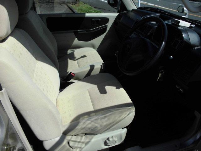 サウンドビートエディションVR 4WDターボ車 キーレス CDデッキ 純正アルミ 背面タイヤ ハードカバー(10枚目)