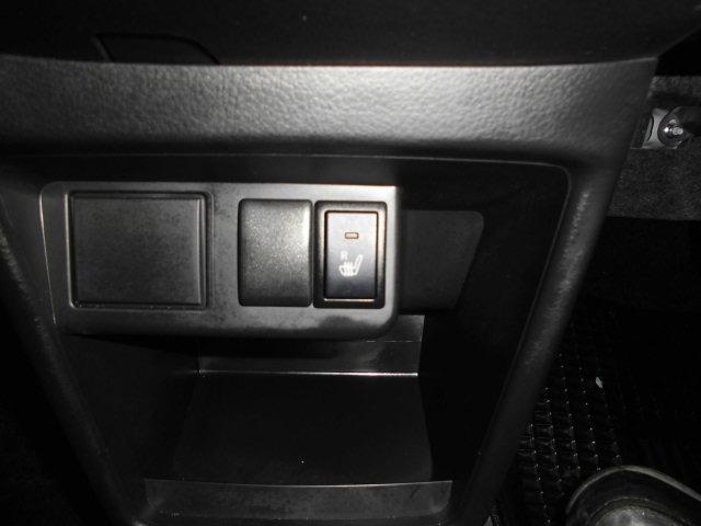 L セーフティサポート装着車 デュアルブレーキサポート レーンアシスト 横滑り防止機能 コーナーセンサー アイドリングストップ シートヒーター オートライト 走行4086km(8枚目)