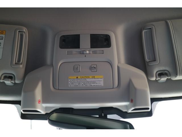 ☆スバル自慢のアイサイト、 2つのカメラで衝突回避や前方を走っている車両との車間距離を保つクルーズコントロール機能は驚きです!!!