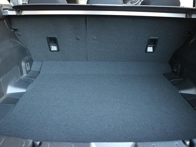 トランクルームは使い勝手を考慮し、開口部を約10mm拡大しました!荷物の積み下ろしがしやすくなってます☆