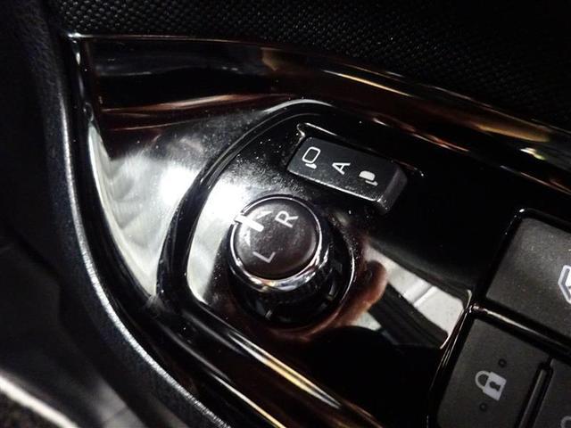 ZS キラメキ フルセグ メモリーナビ DVD再生 後席モニター バックカメラ 衝突被害軽減システム ETC ドラレコ 両側電動スライド LEDヘッドランプ 乗車定員7人 3列シート ワンオーナー 記録簿(10枚目)