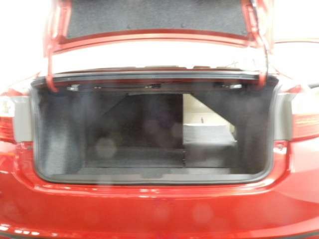 ハイブリッドLX・ホンダセンシング 衝突被害軽減ブレーキサポート レーンアシスト CDオーディオ バックカメラ ワンセグTV LEDヘッドライト ETC オートエアコン(7枚目)