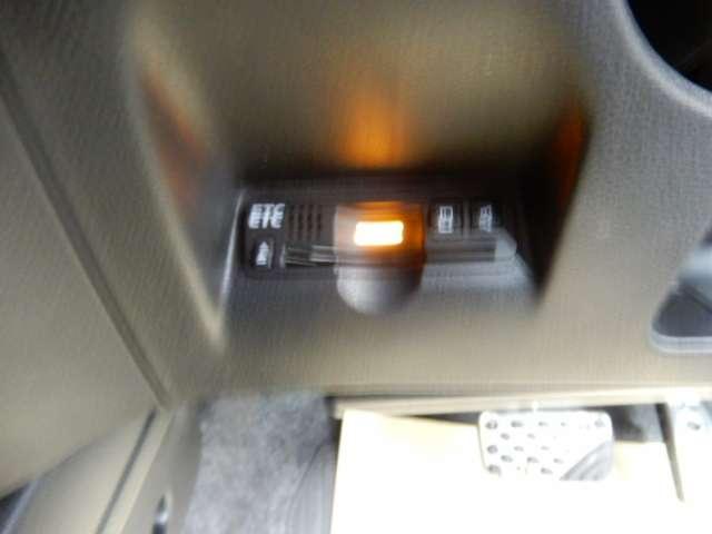 RS ファインスタイル メモリーナビ  ワンセグTV HIDヘッドライト ETC アルミホイール スマートキー オートエアコン(15枚目)