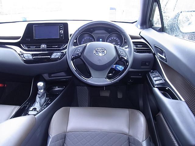 「トヨタ」「C-HR」「SUV・クロカン」「宮崎県」の中古車2