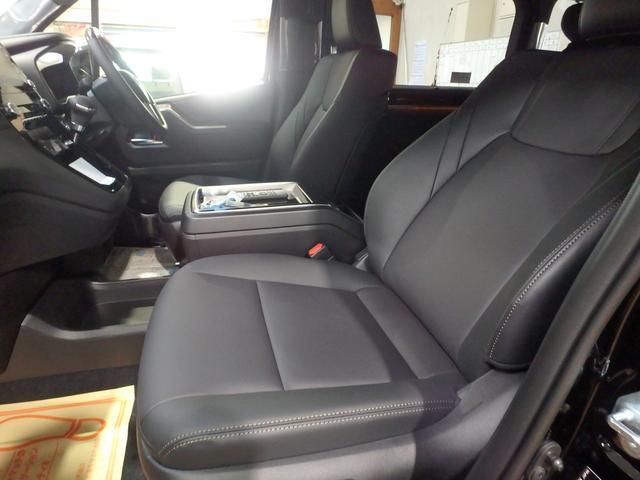 「トヨタ」「グランエース」「ミニバン・ワンボックス」「熊本県」の中古車61