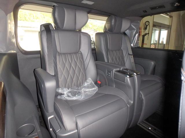 「トヨタ」「グランエース」「ミニバン・ワンボックス」「熊本県」の中古車76