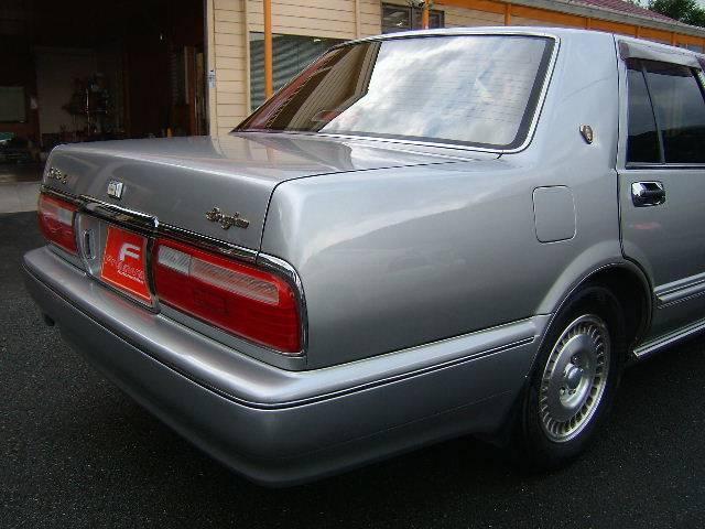 日産 セドリック ブロアム ベンコラLPG Vパック 3ナンバー車