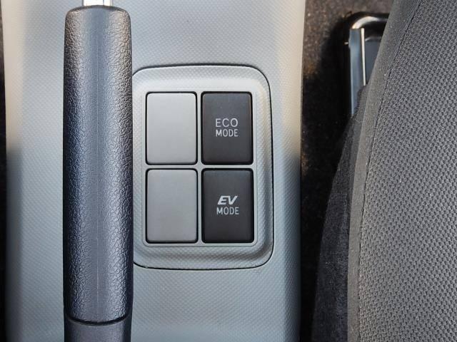 トヨタ アクア S 社外CD  ETC キーレス 純正コーナーセンサー