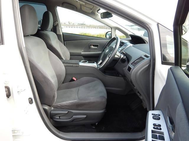 トヨタ プリウスアルファ Sツーリングセレクション 7人乗 8型外HDDナビ