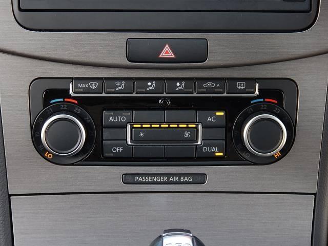 フォルクスワーゲン VW パサートヴァリアント TSIコンフォートライン 純正SDナビ フルセグ Bカメラ